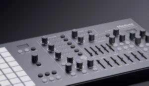 Polyend Medusa Black Limited Edition
